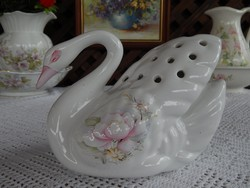 Angol  áttört hátú hattyú  kerámia váza