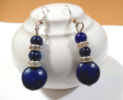 Természetes lapis lazuli gyöngyökből készült fülbevaló