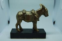 Aranyszamár - aranyszínűre festett, szerencsét hozó asztali szobor
