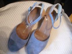 Spanyol női cipő