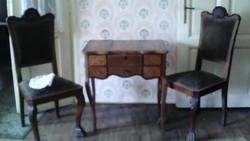 Pipereasztal székkel
