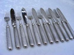 Ezüstözött, antik, elegáns, letisztult formájú, 12 darabos, 6 személyes desszertes kés-villa készlet