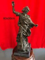Mitológikus bronz szobor