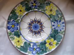 H. Hofmann habán színvilágú retro fali tál