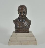 Maugsch Gyula (1882-1946) Jókai Mór büszt márvány talpon