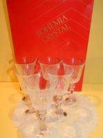 Bohémia csiszolt kristály talpas pohár készlet eredeti dobozában.
