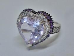 Szépséges ezüstgyűrű nagy szív alakú fehér kristállyal