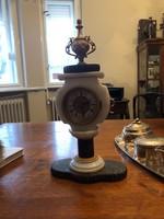 Màrvány- tűzaranyozott bronz Asztali/kandalló óra