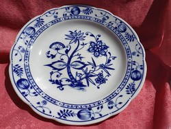 Csodálatos hagymamintás porcelán kínáló tál
