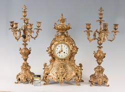 Tűzaranyozott bronz kandalló óra kandeláber párral