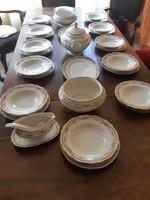 12 szemelyes porcelan etkeszlet