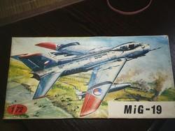 MIG19 repülőgép modell