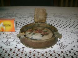 Antik réz hamutál gyufatartóval, üveg betéttel