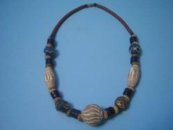 U10 Egyedi dezign  Kerámia nyaklánc 50 cm ritkaság