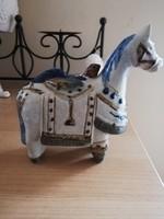 kerámia ló