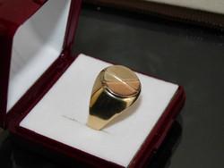 Arany 14k  pecsét gyürű   6.1 gr