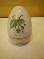 Herendi hecsedli, csipkebogyó mintás porcelán álló tojás bonbonier