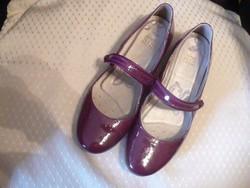 CLARKS lakkbőr női cipő új