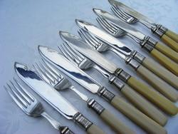 Gyönyörű ezüstözött, antik 6 személyes kés -villa, evőeszköz készlet eredeti díszdobozban
