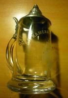 Máltai keresztes, feliratos,, ónfedeles söröskorsó.