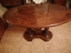 Frissen restaurált antik ovális tölgyfa asztal 120 x 70 cm