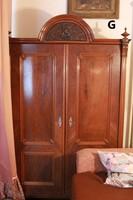 Antik parasztbarokk két ajtós ruhásszekrény