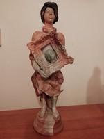 Különleges, egyedi művészi alkotás - Női kerámia szobor, jelzett