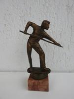 Billiárdozó - bronzírozott szobor márvány alapzaton