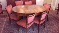Lingel ebédlőasztal négy székkel (diófa)