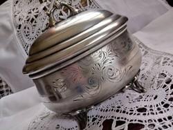 Gyönyörű ezüstözött antik doboz