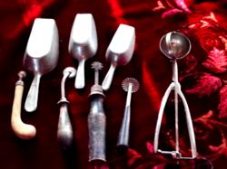 Konyhai eszközök.régi tárgyak a sublótfiókból