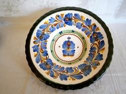 Kézzel festett Hódmezővásárhelyi kerámia falitál, tányér 27 cm átmérő, 5,5 cm mély