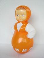 Retro műanyag játék keljfeljancsi kislány baba