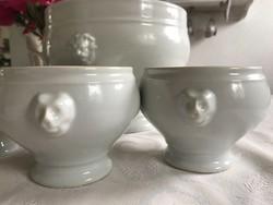 Oroszlánfejes talpas leveses tál 3 csészével