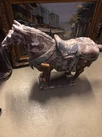 Régi fa ló szobor