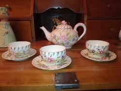 Antik Zsolnay családi pecsétes 1885, teás szett, kidomborodó virágokkal.