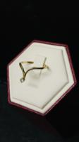 14 K-os sárga arany gyémánt köves gyűrű