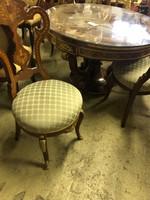 Hajlított làbú körmös empire asztal székekkel