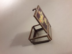 Réz szerelékes üveg doboz dobozka festett