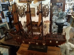 Antik háromárbócos vitorláshajó makett