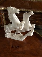 19 féle màrvàny ló szobor ,lovas szobor, lófej, ágaskodó ló