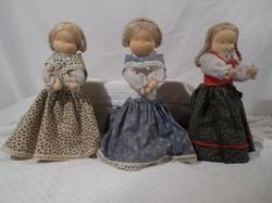 Babák - Osztrák bájos retro kézműves babák 25 x 8 cm - hibátlan TERMÉSZETES ANYAGOKBÓL