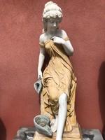 Nő alakos màrvány falikút-szökőkút- marble fountain