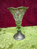 Ezüst talpas váza
