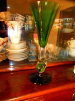 Üvegstúdióban vásárolt  üveg  váza