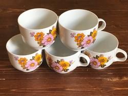 Alföldi rózsás csésze