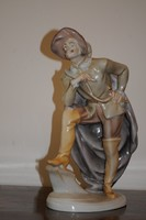 Cyrano de Bergerac herendi figura, jelzett, kézzel festett, hibátlan darab! 33 cm.