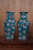 Különleges, kínai váza pár, alján jelzett!