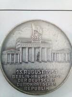 NDK, berlini fal, határőr plakett