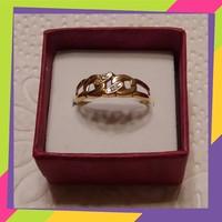 Arany gyűrű brill kővel 18 karátos